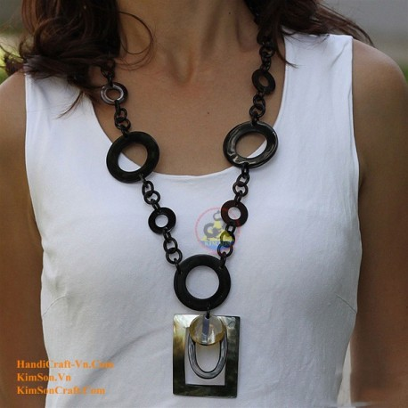 Natural horn necklace - Model 0032