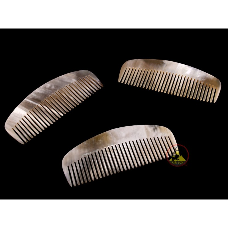 real horn comb rake wide of tooth 12 x 5 cm. Black Bedroom Furniture Sets. Home Design Ideas