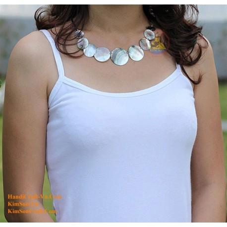真珠のネックレス - 0047 モデルの絶妙な母
