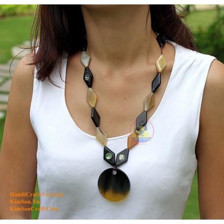 Природные ожерелье рог - Модель 0052