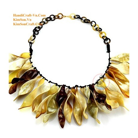 Natural horn necklace - Model 0100