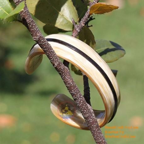 Natural horn bracelet - Model 0044