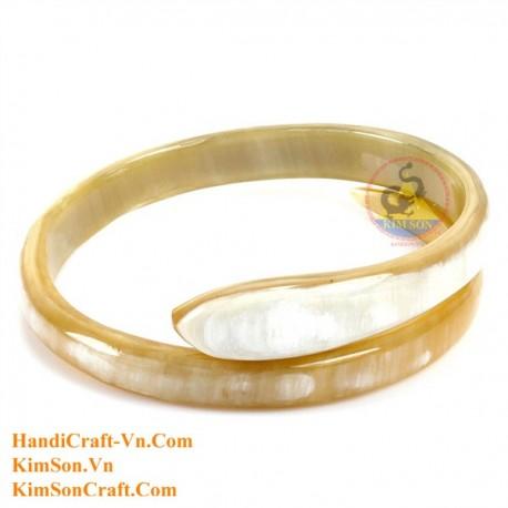 Natural horn bracelet - Model 0114