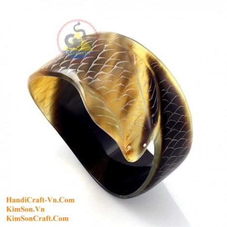 Natural wood bracelet - Model 0136