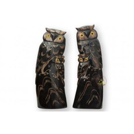 黒水牛の角 - 刻まれた独自のスタイル - 机の装飾