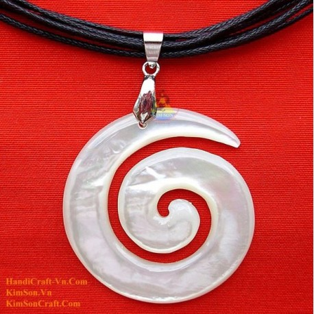 Exquisite Handmade Natural Mother of Pearl Pendant Necklace