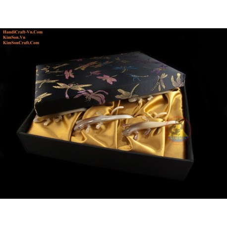 Combo Napkin: 6 Lizard napkin genuine marble cow horn with Brocade box