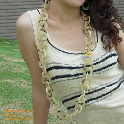Natural circle horn necklace - Model 0010