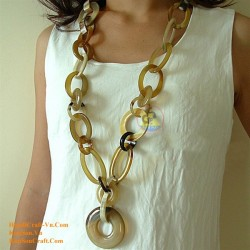 Natural circle horn necklace - Model 0001