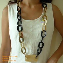 Natural circle horn necklace - Model 0002