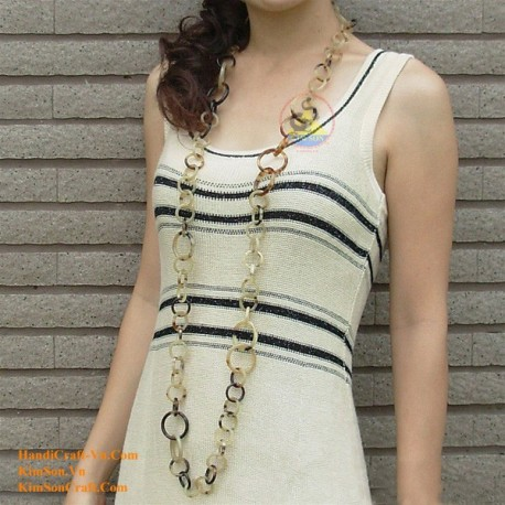 Natural circle horn necklace - Model 0014